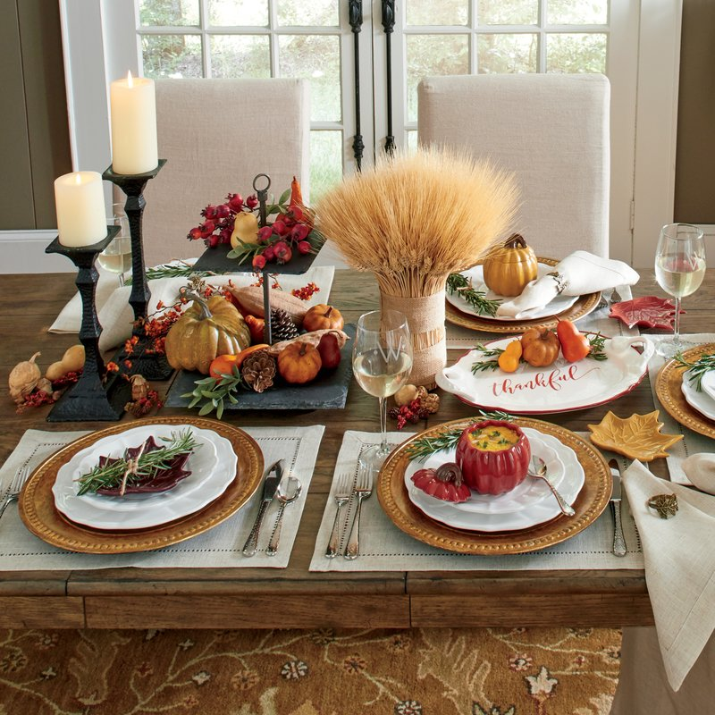 Colored Thanksgiving table decor
