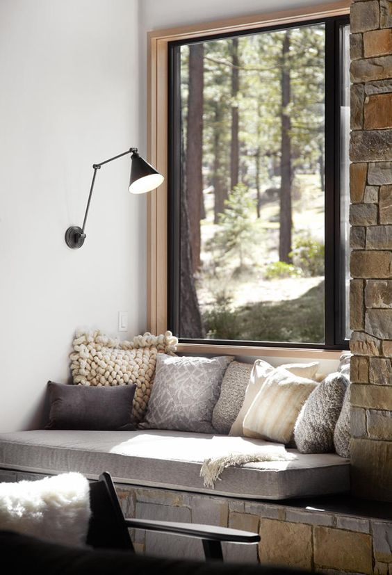 Modern rustic design reading nook #readingnook #nook #readingcorner #decoratingideas #homedecor #cozynook #decorhomeideas