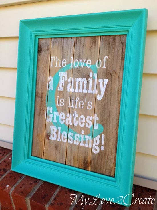 DIY Monogram picture frame with family quote #diyproject #diy #makeover #decor #decoration #pictures #frames #vintage #decorhomeideas