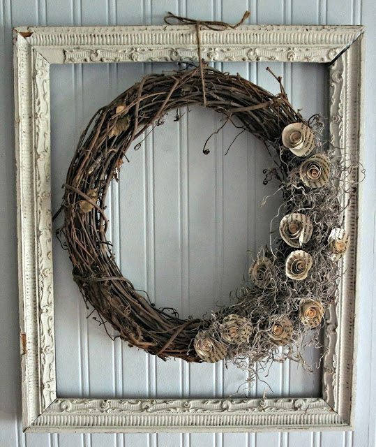 Old picture frame ideas wreath #diyproject #diy #makeover #homedecor #decorationideas #pictures #frames #vintage #decorhomeideas