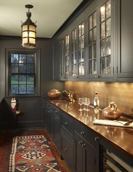 Classic dark gray kitchen cabinets #kitchen #graycabinets #graypaint #graykitchencabinets #homedecor #decoratingideas #decorhomeideas