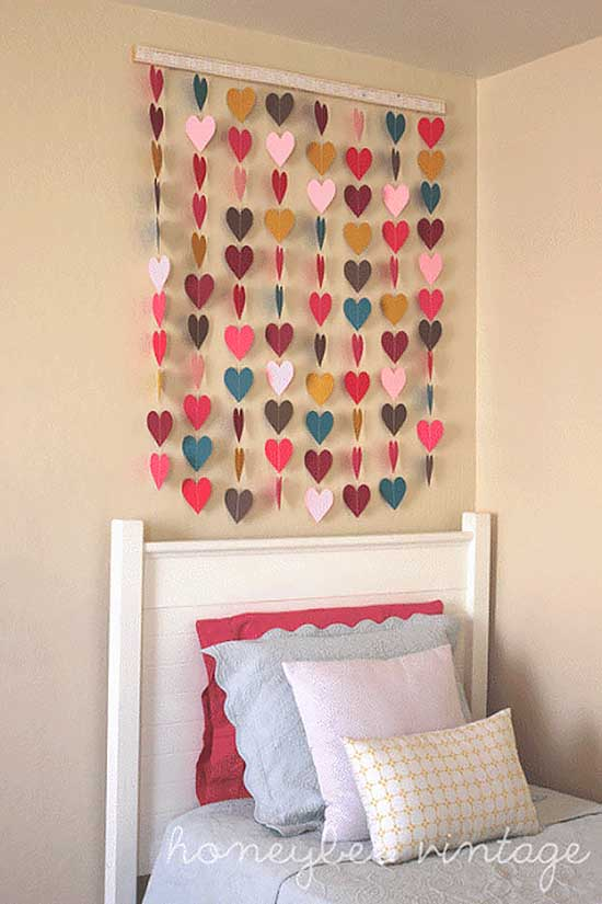 DIY Paper Heart Wall Art #diy #paper #heart #bedroom #teen #decor