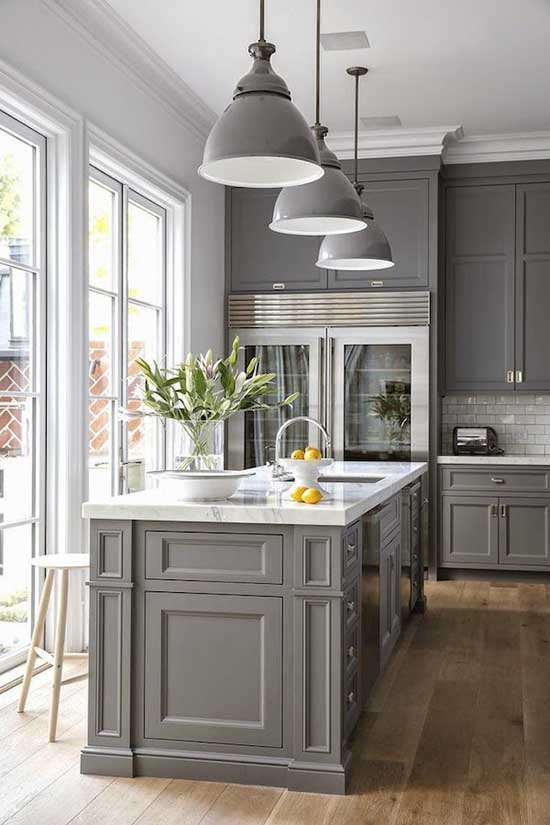 Gray Kitchen Cabinets With Island #kitchen #graycabinets #graypaint #graykitchencabinets #homedecor #decoratingideas #decorhomeideas