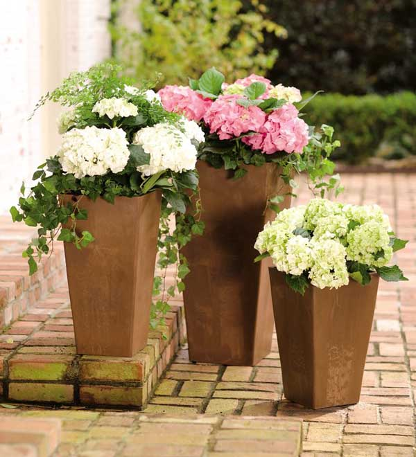Sussex Self Watering Resin Pot Planter #flowerpot #planter #gardens #gardenideas #gardeningtips #decorhomeideas