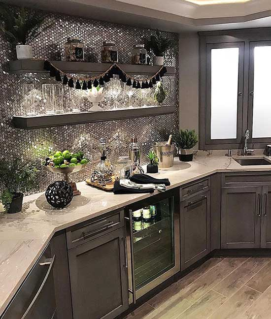 Dark gray kitchen with stainless steel backsplash #kitchen #graycabinets #graypaint #graykitchencabinets #homedecor #decoratingideas #decorhomeideas