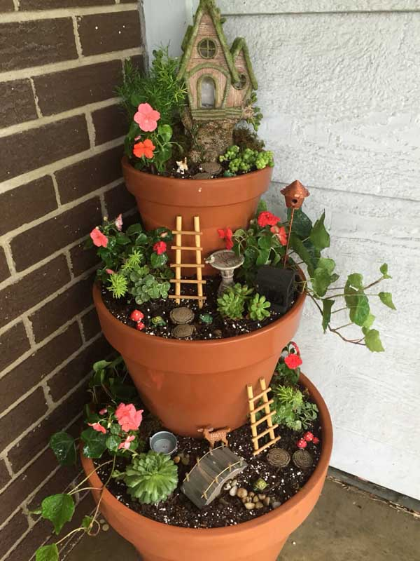 Fairy garden tiered flower pot planter #tieredplanter #flowerplanter #planter #flowerpot #decorhomeideas