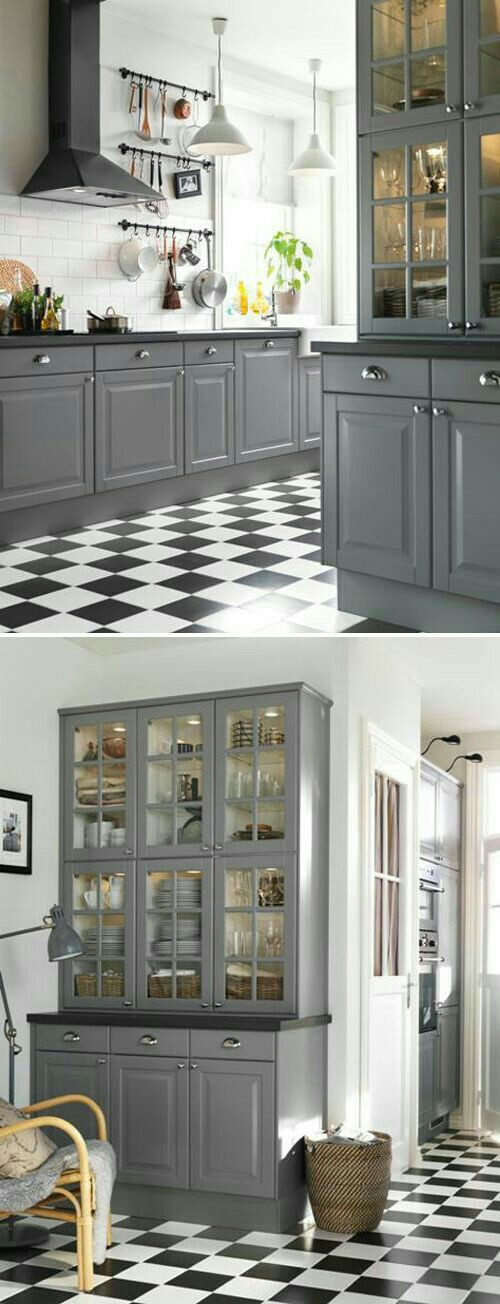 Gray kitchen cabinets and squared floor #kitchen #graycabinets #graypaint #graykitchencabinets #homedecor #decoratingideas #decorhomeideas