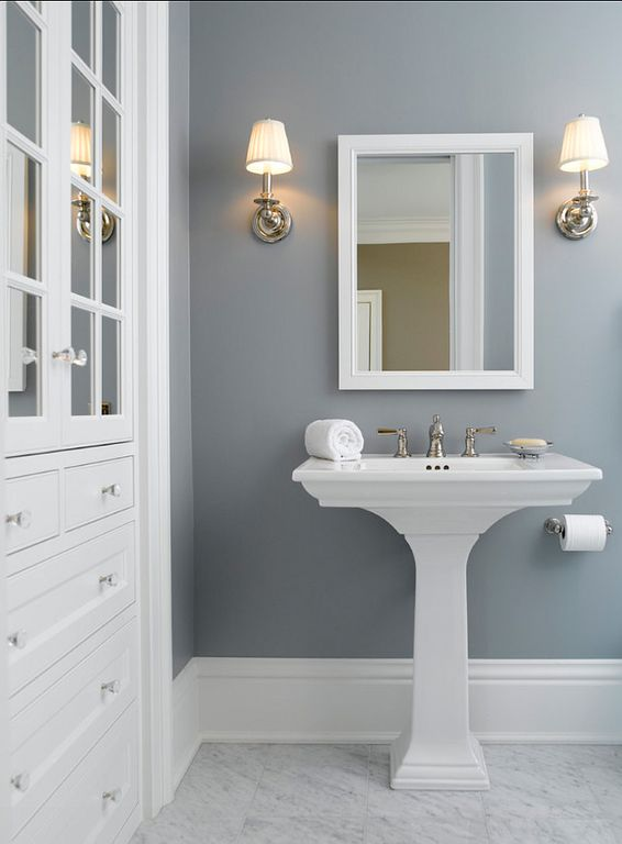 No window bathroom painted in navy blue. #bathroom #bathroomdesign #bathroomideas #bathroomreno #bathroomremodel #decorhomeideas #navyblue
