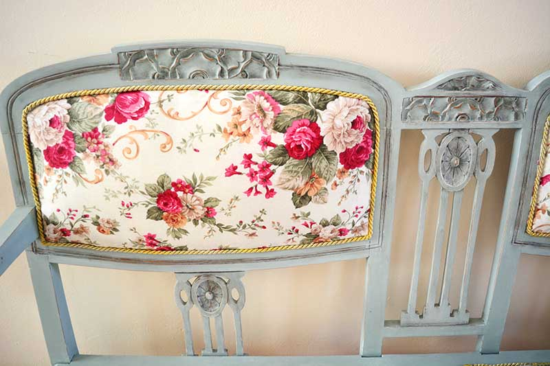 DIY old sofa renovate. #makeover #diy #sofa #furniture #sofaideas #old #decorhomeideas