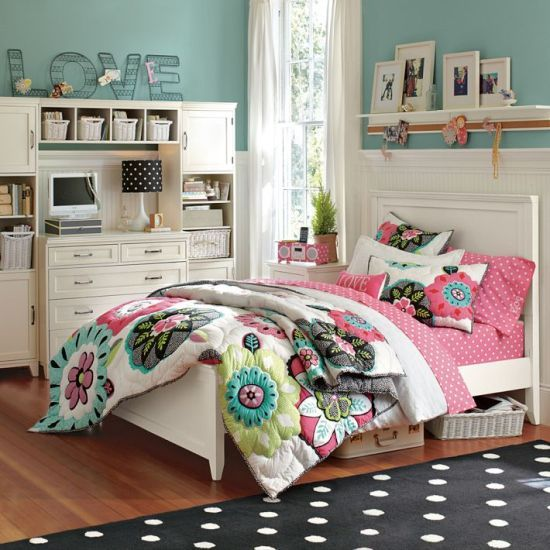 Love themed teenage girl bedroom #teengirlbedroom #girlbedroom #teenbedroom #bedroom #homedecor #decorhomeideas