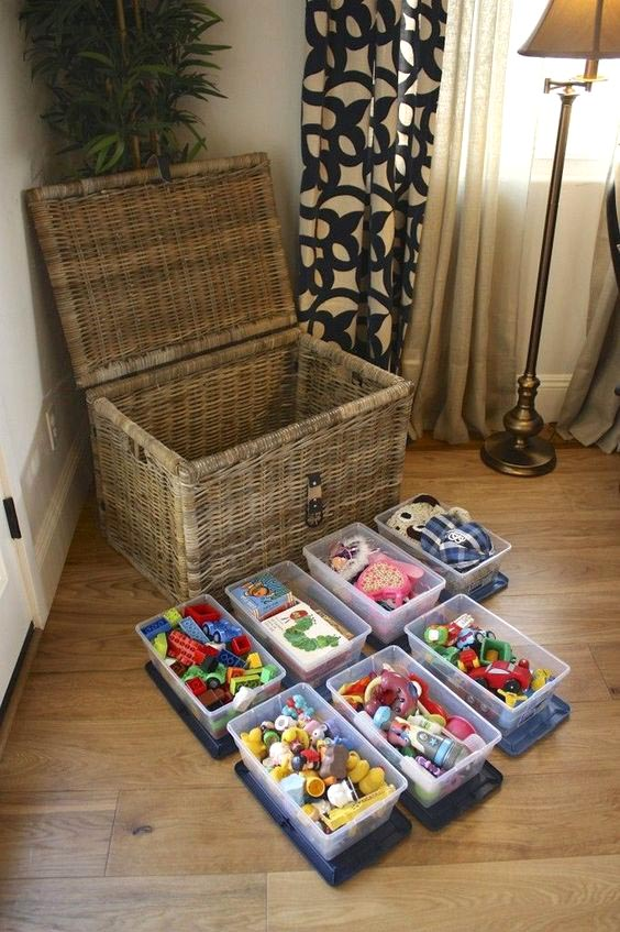 DIY Organize your toys by size and color #toystorage #organizer #baskets #decorhomeideas