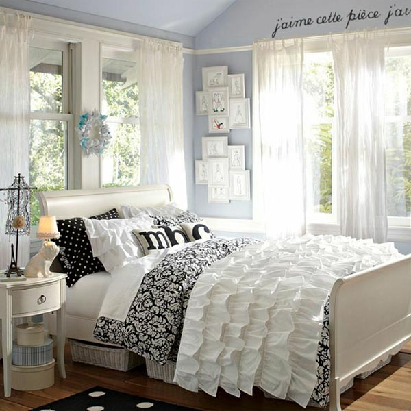 Plisse themed teenage bedroom #teengirlbedroom #girlbedroom #teenbedroom #bedroom #homedecor #decorhomeideas