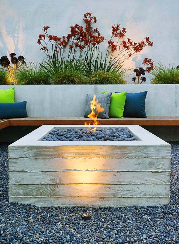 DIY Board-Formed Concrete Fire Pit #firepit #firepitideas #diy #garden #decorhomeideas