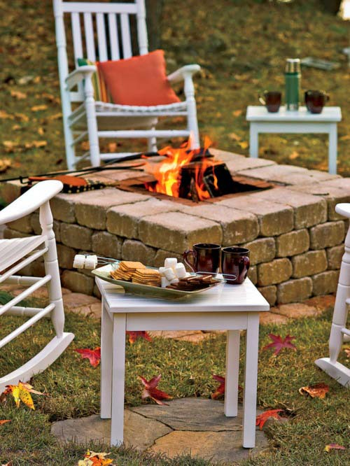Rustic Raised Square Fire Pit Made of Bricks #firepit #firepitideas #diy #garden #decorhomeideas