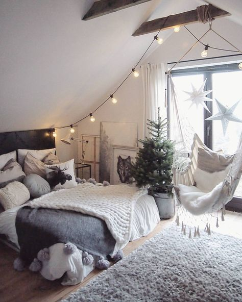 31 Cute Bedrooms For Teenage Girl You'll Love | Decor Home ... on Trendy Teenage Room Decor  id=49875