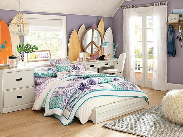 Surf themed teenage girl bedroom #teengirlbedroom #girlbedroom #teenbedroom #bedroom #homedecor #decorhomeideas
