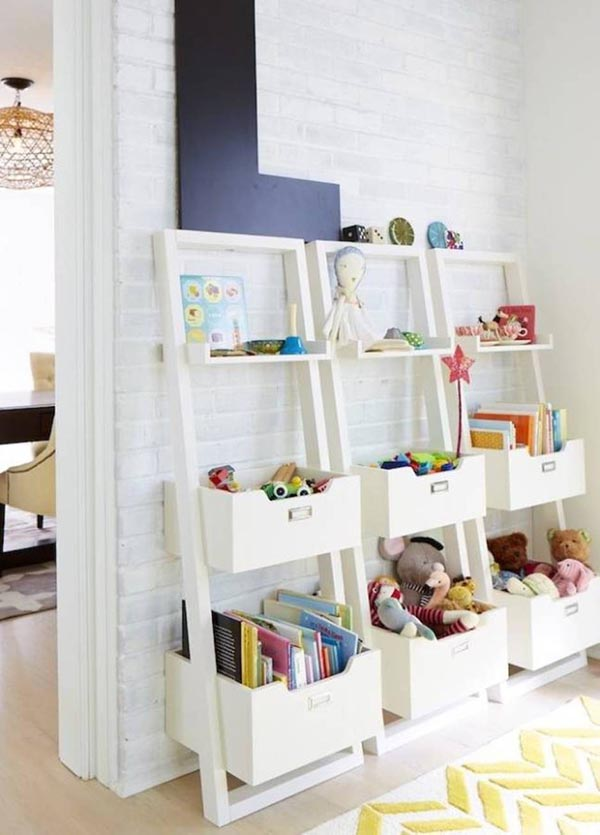 Toy organizer The leaning tower of toys #toystorage #bookcase #organizer #toytower #decorhomeideas
