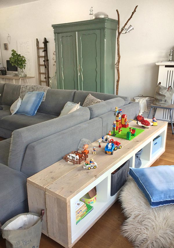 Behind sofa toy storage idea #toystorage #organize #storage #organization #livingroom #decorhomeideas