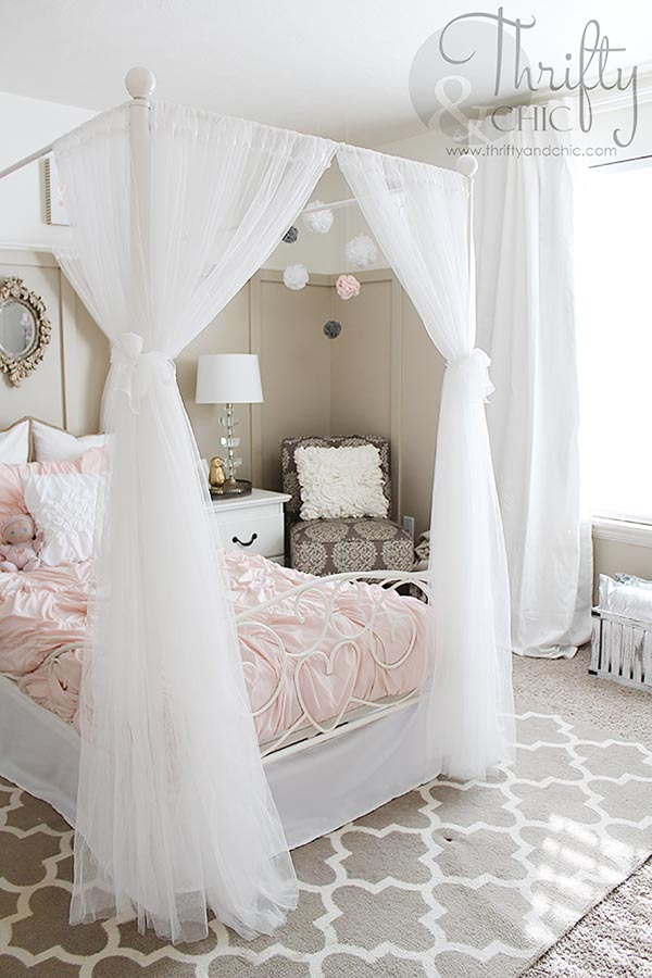 Teenage Girl Bedroom With Canopy #teengirlbedroom #girlbedroom #teenbedroom  #bedroom #homedecor #