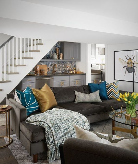 Chic basement decor #basement #basementremodel #basementideas #basementdecor #homedecor #decorhomeideas