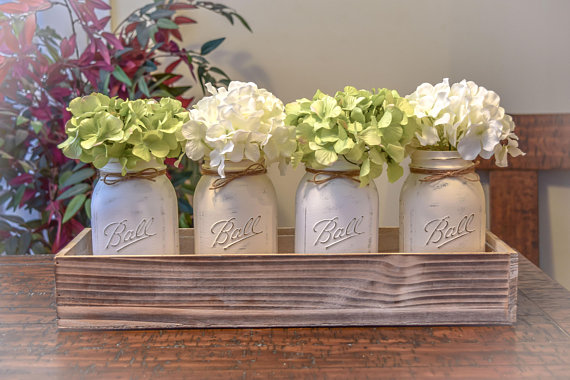 Farmhouse kitchen decor jars #farmhousekitchen #farmhouse #farmhousedecor #kitchen #homedecor #decorhomeideas