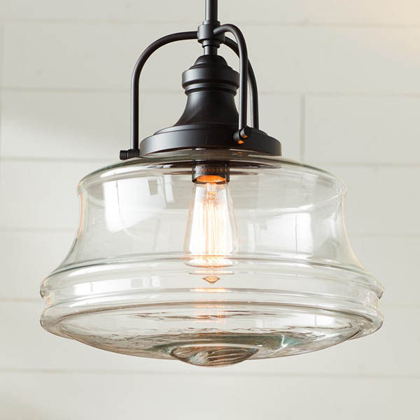 Farmhouse kitchen pendant light with filament bulb #farmhousependant #farmhouse #pendant #farmhhousedecor #decorhomeideas