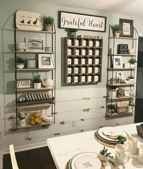 Farmhouse kitchen wall accent #farmhousekitchen #farmhouse #farmhousedecor #kitchen #homedecor #decorhomeideas