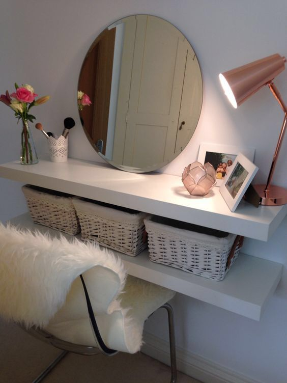 Floating shelves small bedroom vanity #vanity #bedroom #vanitybedroom #makeupvanity #homedecor #decorhomeiedeas