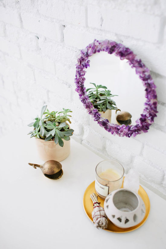 Gem amethyst DIY mirror ideas #diy #mirror #diymirror #cheapmirror #decorhomeideas
