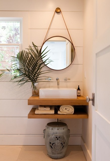 Open concept small bathroom vanity idea #vanity #bathroomvanity #vanityideas #bathroom #bathroomideas #storage #organization #decorhomeideas