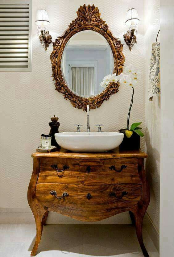 Rustic wooden vanity for small bathroom #vanity #bathroomvanity #vanityideas #bathroom #bathroomideas #storage #organization #decorhomeideas