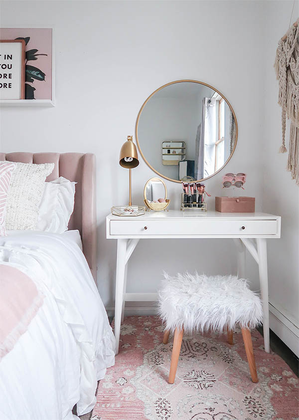 15 Super Cool Vanity Ideas For Small Bedrooms | Decor Home ...