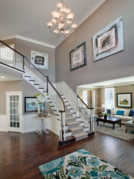 Stairs with runner #staircase #stairway #stairs #staircaseideas #decorhomeideas