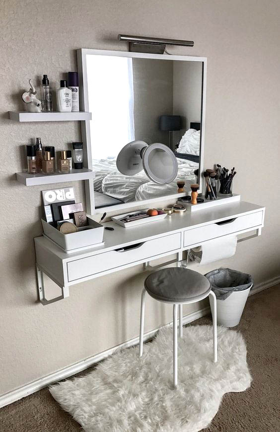Best Vanity Ideas for small bedrooms #vanity #bedroom #vanitybedroom #makeupvanity #homedecor #decorhomeiedeas