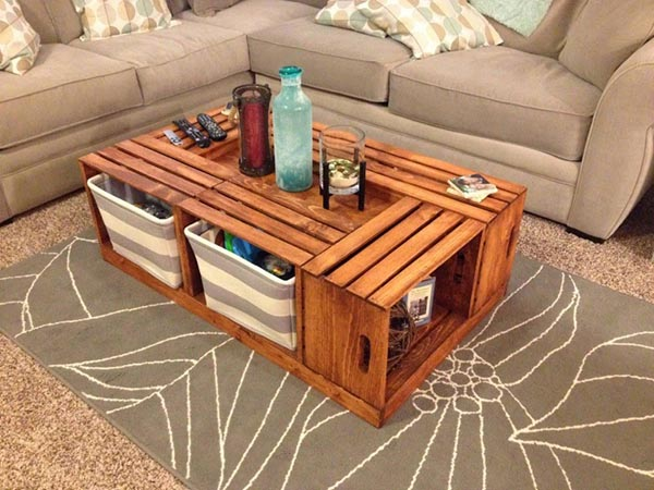 Wooden pallet storage coffee table #coffeetable #diy #pallet #toystorage #organize #storage #organization #livingroom #decorhomeideas
