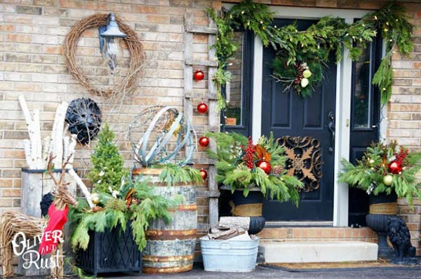 Christmas front porch country style #Christmasdecoration #Christmas #frontporch #porch #decoration #decorhomeideas