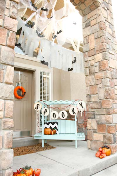 Cute and spooky Halloween decoration #halloweendecorations #halloween #diyhalloween #halloweendecor #decorhomeideas