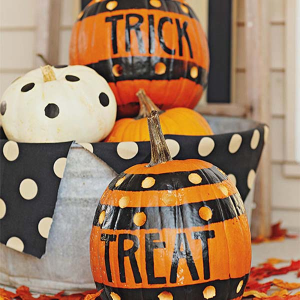 DIY Halloween decorations Spooky style Pumpkins #halloweendecorations #halloween #diyhalloween #halloweendecor #decorhomeideas
