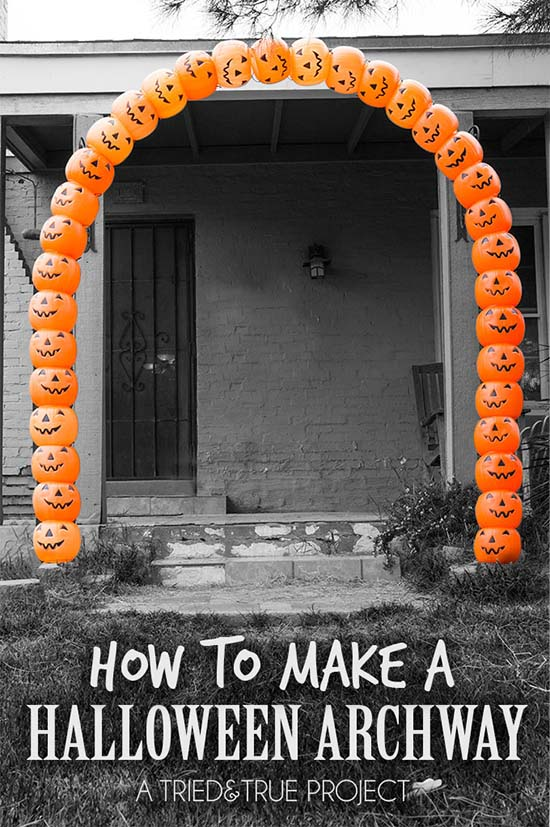 DIY Halloween outdoor archway decoration #halloweendecorations #halloween #diyhalloween #halloweendecor #decorhomeideas
