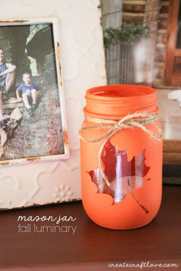 DIY Mason Jar Fall Luminary #falldecor #masonjar #decorhomeideas