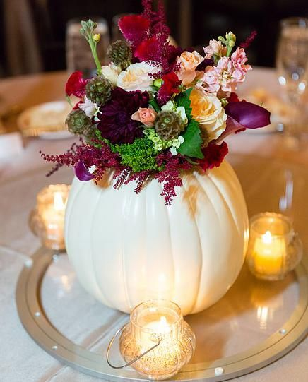 DIY candle pumpkins centerpiece #pumpkindecor #centerpiece #falldecor #decorhomeideas