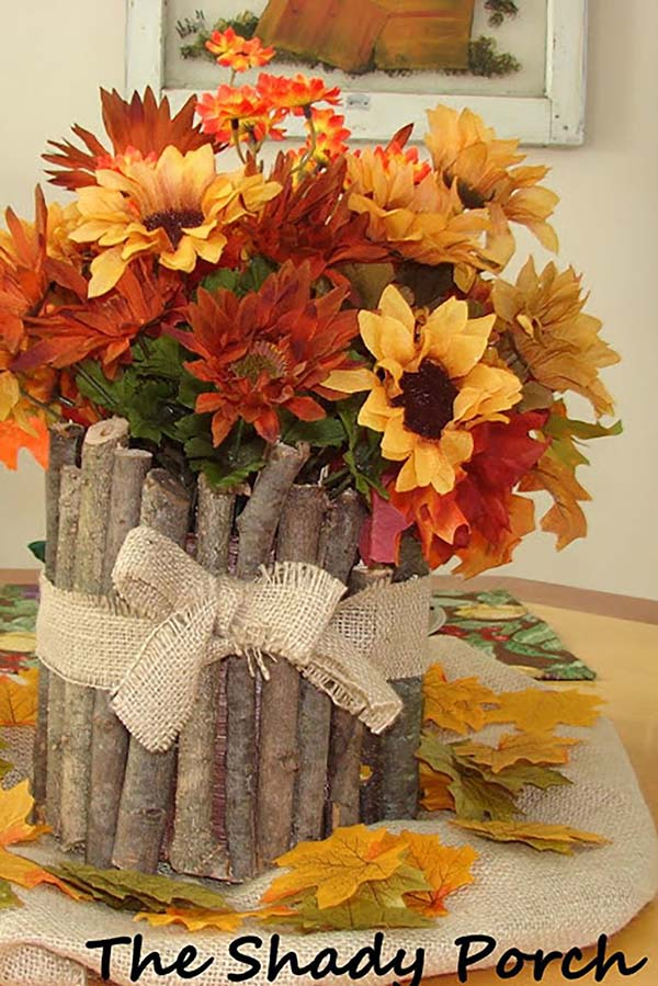 DIY fall centerpiece branches and flowers #fallcenterpiece #falldecor #diy #falldecoration #thanksgiving #decorhomeideas