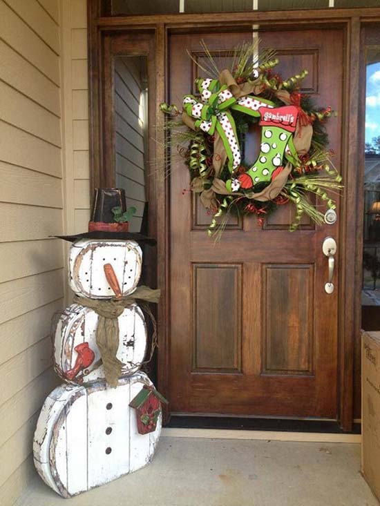 Snowman Christmas front porch decoration #Christmasdecoration #Christmas #frontporch #porch #decoration #decorhomeideas