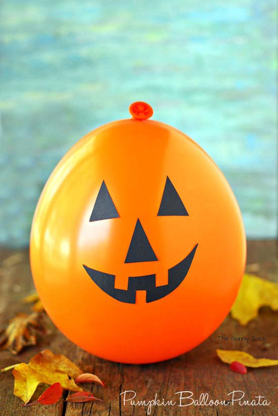 Halloween balloon outdoor decoration #halloweendecorations #halloween #diyhalloween #halloweendecor #decorhomeideas