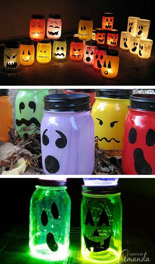 Halloween decorated jars #halloweendecorations #halloween #diyhalloween #halloweendecor #decorhomeideas