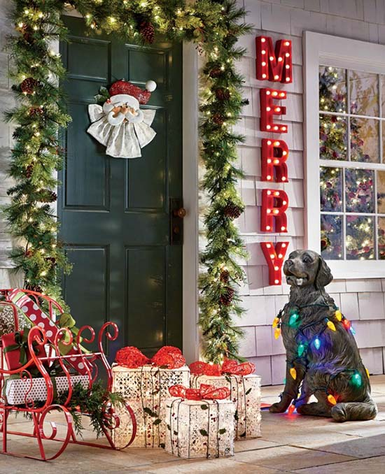 Merry Christmas Front Porch Decorations #Christmasdecoration #Christmas #frontporch #porch #decoration #decorhomeideas