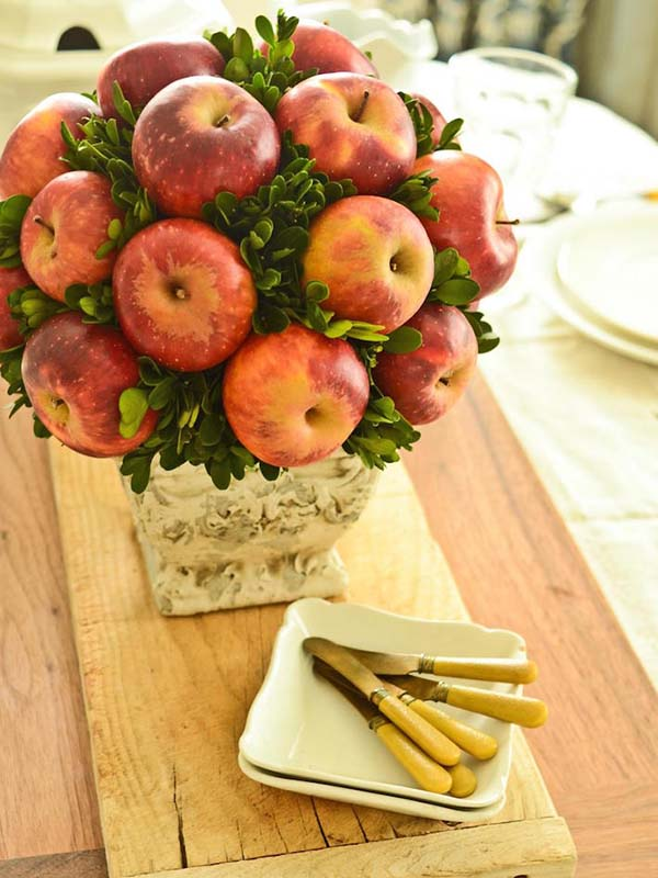 Apple fall decor centerpiece #fallcenterpiece #falldecor #diy #falldecoration #thanksgiving #decorhomeideas