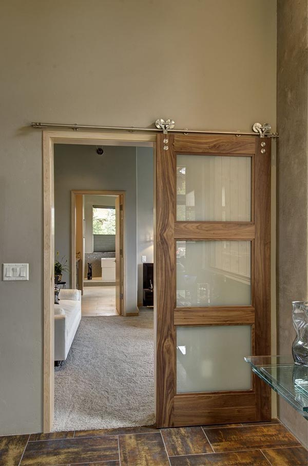 Bedroom barn door with glass #barndoor #bedroom #interior #homedecor #decorhomeideas