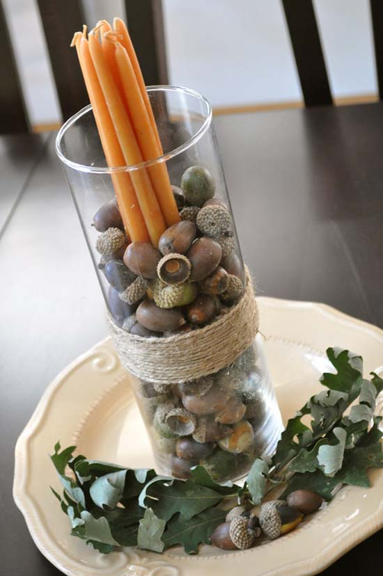 DIY fall acorn centerpiece #fallcenterpiece #falldecor #diy #falldecoration #thanksgiving #decorhomeideas