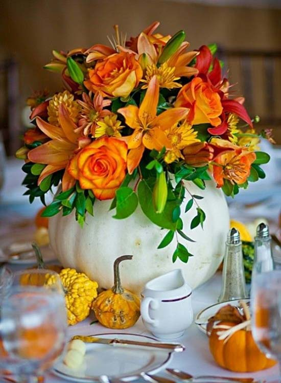 Colorful flowers pumpkin centerpiece #fallcenterpiece #falldecor #diy #falldecoration #thanksgiving #decorhomeideas #pumpkin